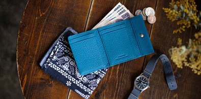 crispanil-trifold mini wallet-